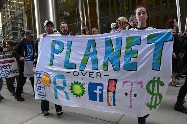 Progress Illinois: Chicago Environmentalists Take Fight To Doorstep Of 'Worst Corporate Polluters' (April 23, 2014)