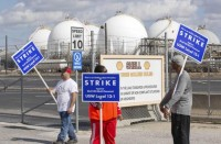 REUTERS: Union chief says U.S. refinery strike could spread