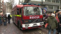 BBC NEWS: Firefighters in Westminster rally over pensions dispute