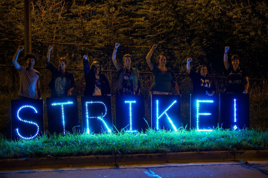 why people strike and the effects of strikes Strike can be viewed as a mechanism that allows workers to extract higher   economic cost of general strikes and (ii) effect of general strikes on economy.