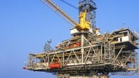 THE AUSTRALIAN BUSINESS REVIEW: Bass Strait Oil strikes cost BHP, Exxon another month