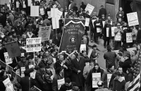 VANITY FAIR: Learn More - Newspaper Strike of 1963