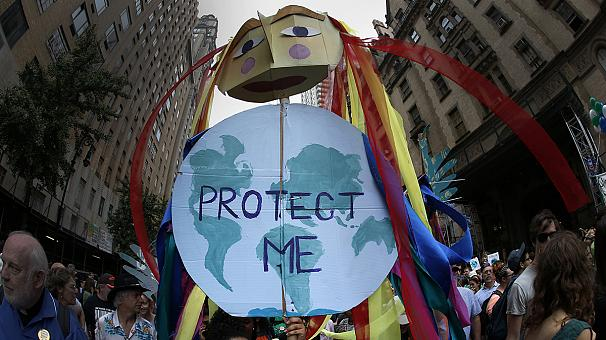 Climate-Protect-me-puppet
